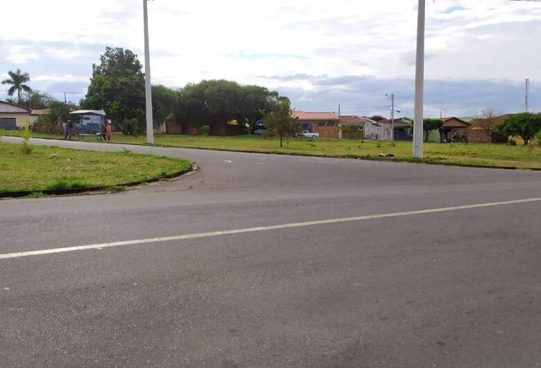 Aposentado morre após ser atropelado por ônibus em cruzamento no Santa Felícia