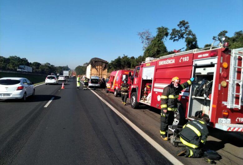 Após matar mulher, suspeito morre em acidente na rodovia Anhanguera