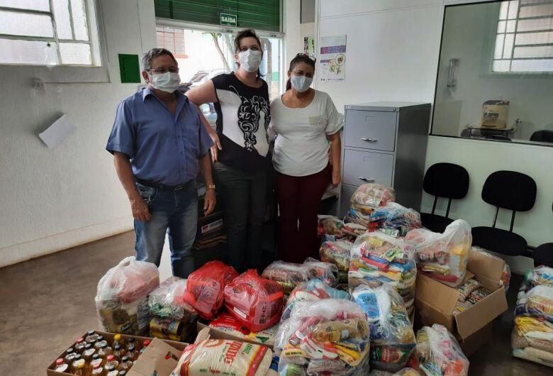 "Campanha ""Vacina Contra a Fome"" arrecada 10 toneladas de alimentos"
