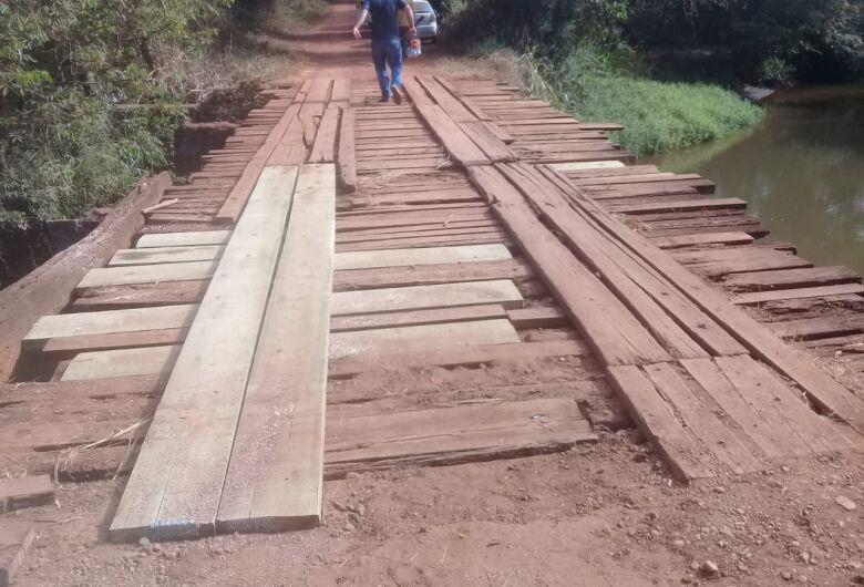 Ponte na zona rural é interditada para recuperação