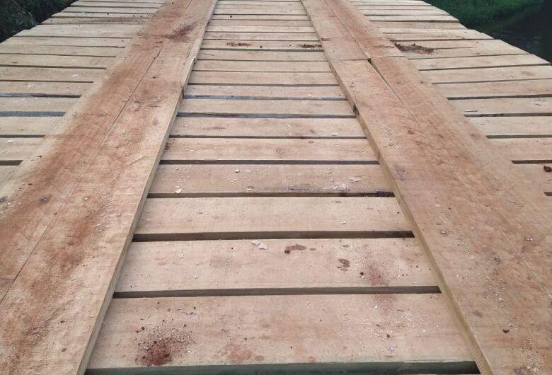 Ponte sobre o rio Quilombo passa por reformas em Santa Eudóxia
