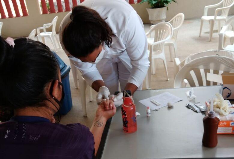Testes rápidos para diagnóstico da covid-19 continuam sendo disponibilizados em São Carlos