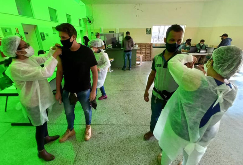 47,9% dos ibateenses já tomaram a primeira dose da vacina contra a Covid-19