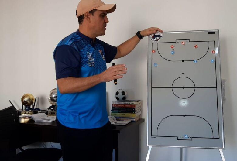 São Carlos Futsal define jogos amistosos