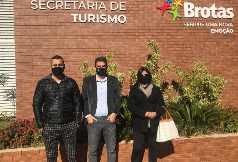 São Carlos e Brotas firmam parceria no turismo