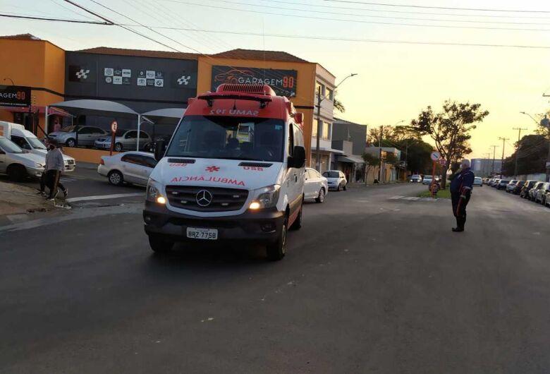 Motociclista se envolve em acidente na vila Prado