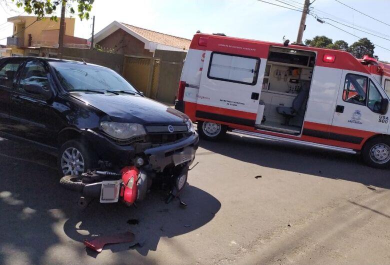 Motociclista que sofreu acidente no Cruzeiro do Sul está internada em estado grave