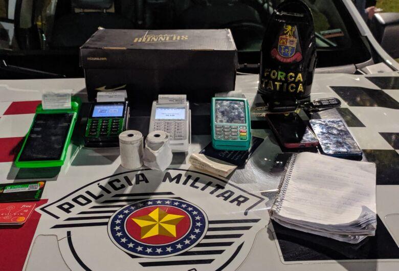 Paulistanos suspeitos de aplicar golpes são detidos pela Força Tática com máquinas de cartões de crédito