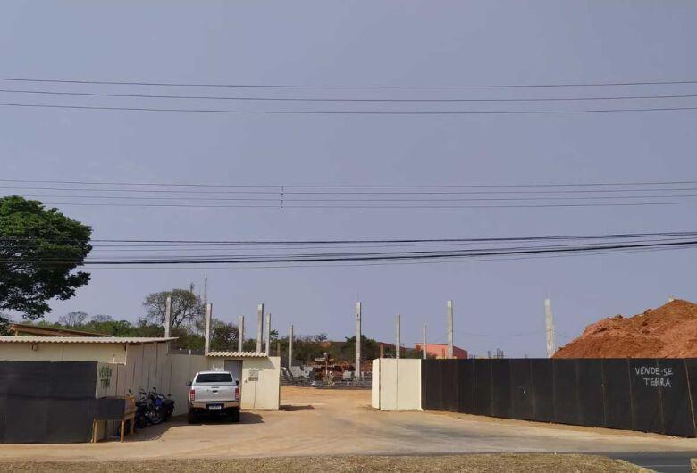 Prefeitura manda embargar obras do Atacadista Spani em São Carlos