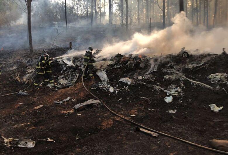 Empresário, esposa e 3 filhos estão entre as vítimas de queda de avião