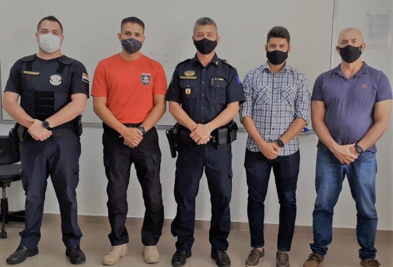 Guardas municipais participam do curso de capacitação de armeiros
