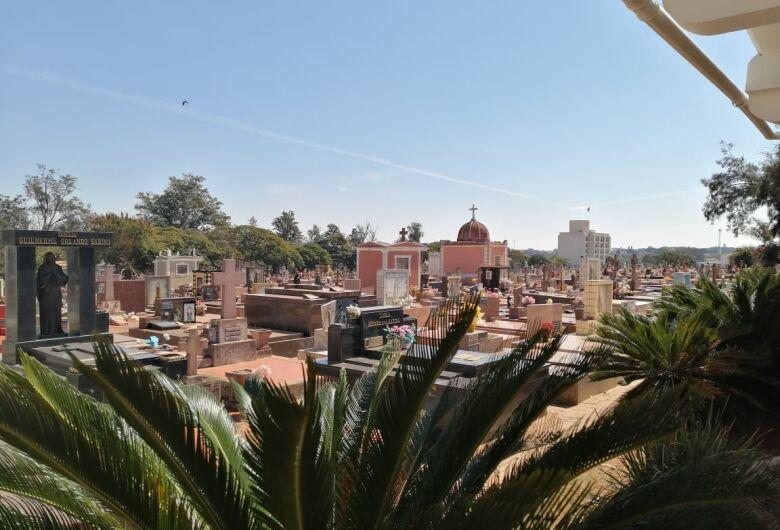 Horário de cemitérios municipais é ampliado