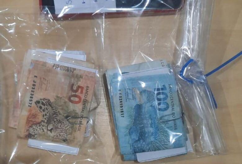 Dupla é detida com dinheiro falso na região do Shopping