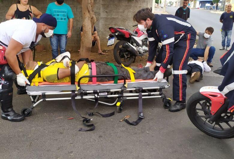 Motoboys colidem no Romeu Tortorelli; dois feridos