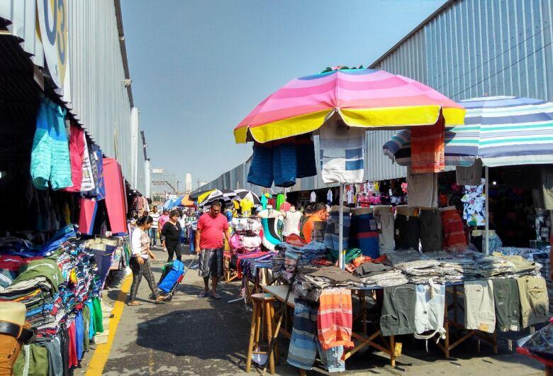 Empresarização do comércio popular abriga instabilidade e exclusão
