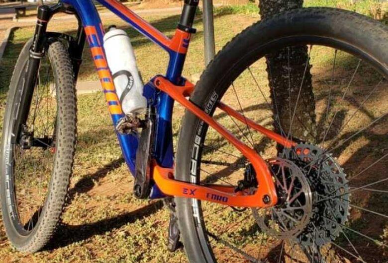 Atleta tem bike de R$ 30 mil roubada na região da Água Fria
