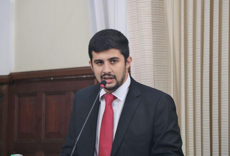 Vereador Bruno Zancheta cobra melhoria da segurança nas escolas municipais