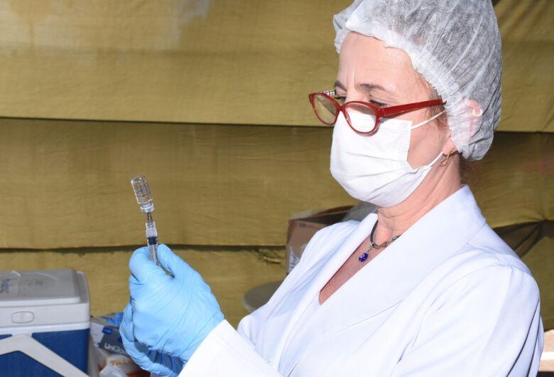 São Carlos: Sábado é dia de multivacinação e de imunização contra a COVID-19