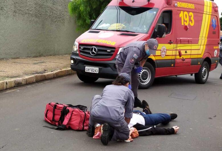Motociclista fica ferido após acidente na Vila Nery