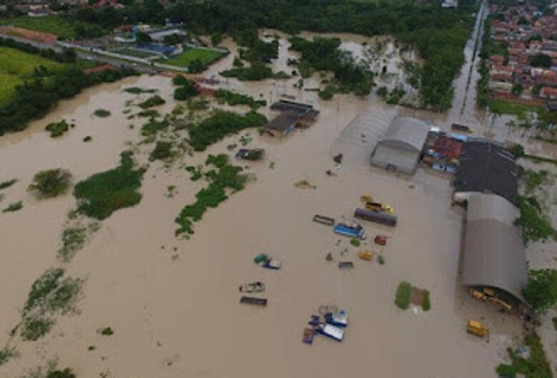 Após chuvas fortes, barragens se rompem e duas crianças morrem em Paragominas