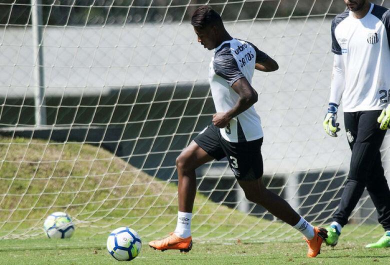 Santos visita o Bahia por segunda vitória seguida no Brasileirão