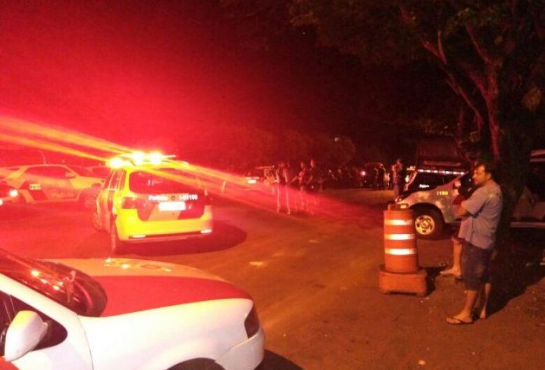 Homem morre após troca de tiros com a PM em cidade da região