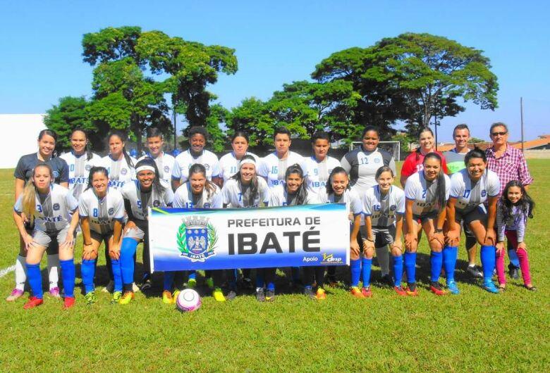 Equipe de Ibaté é campeã do regional de futebol feminino