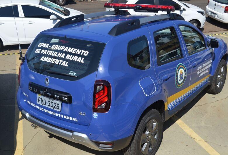 Sindicato Rural doa veículo SUV para a Guarda Municipal