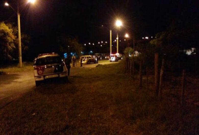 PM e criminoso são baleados durante troca de tiros na região