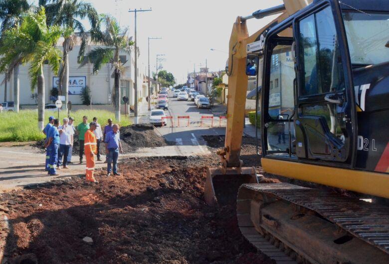 Prefeitura dá início às obras de recuperação dos estragos causadas pelo temporal no mês passado