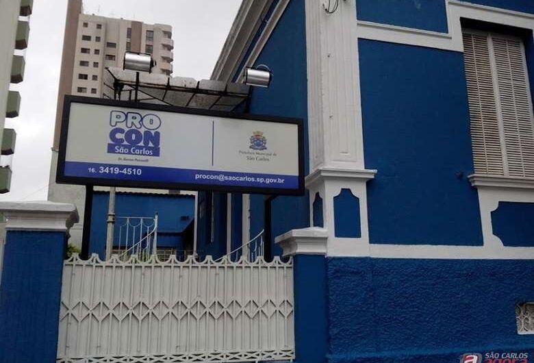 PROCON autua postos de combustíveis em São Carlos por reajuste indevido de preços