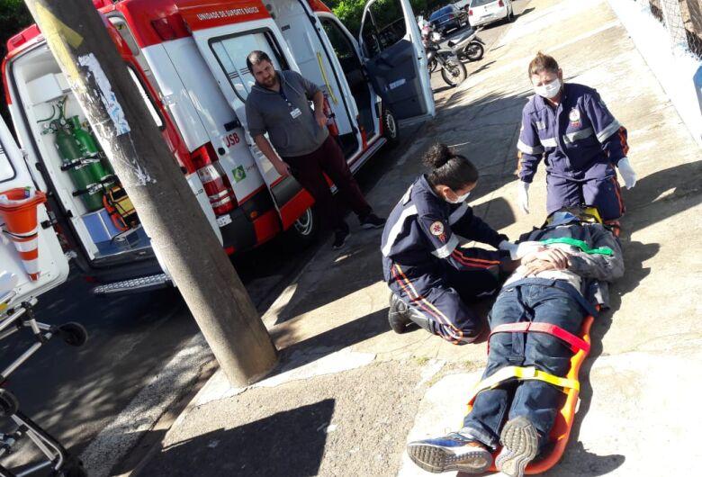 Pedestre é atropelado por moto na avenida Grécia