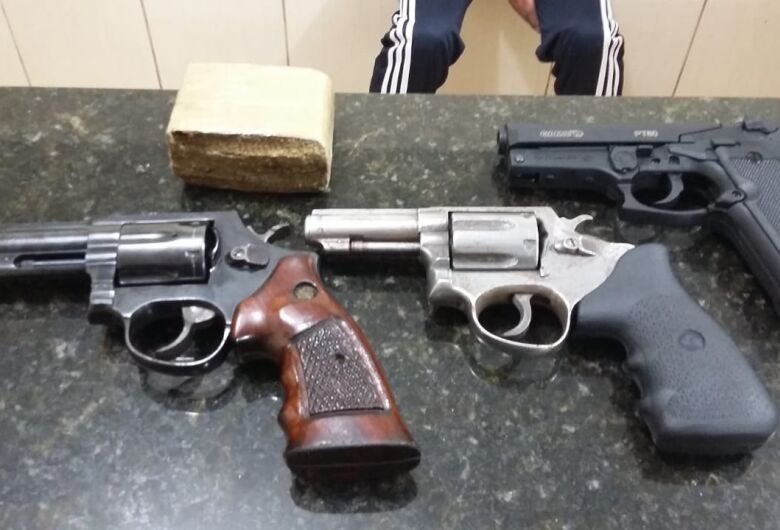 Após discussão, funileiro dispara armas de fogo no Tangará