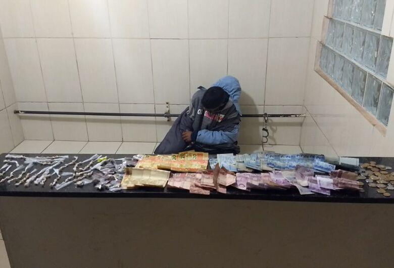 Desocupado é detido com entorpecentes no CDHU