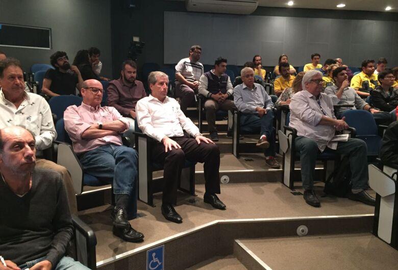 Presidente da Acisc participa de evento sobre mobilidade urbana