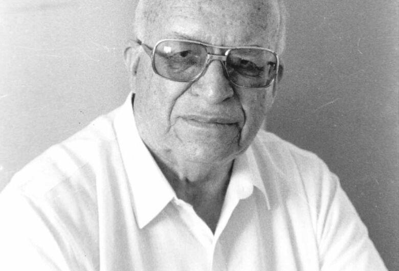 Um mestre chamado Ary Pinto das Neves