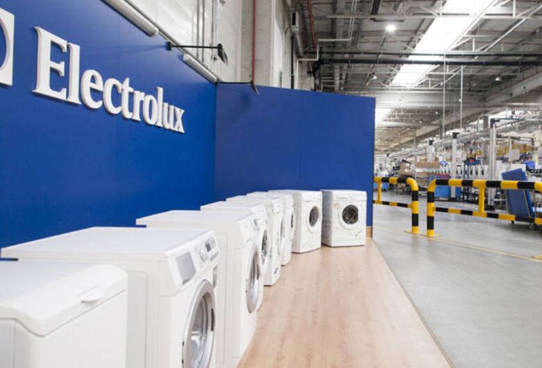 Linha de produção da Electrolux está parada devido à greve dos caminhoneiros