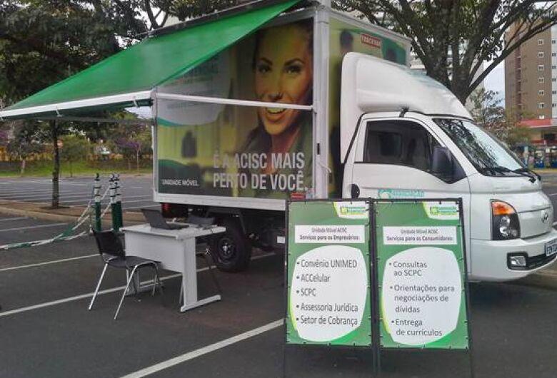 Unidade Móvel Acisc presta serviço nos bairros de São Carlos