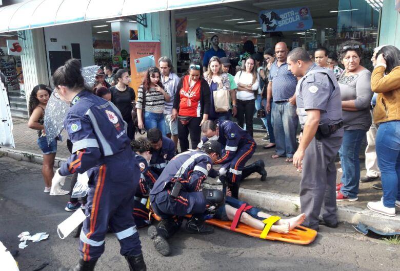 Idosa é atropelada por moto na avenida São Carlos