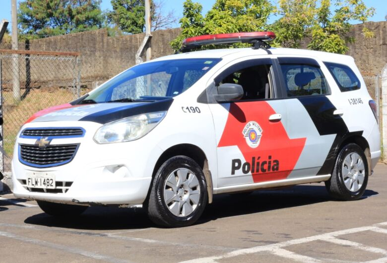 Dois veículos são furtados em São Carlos