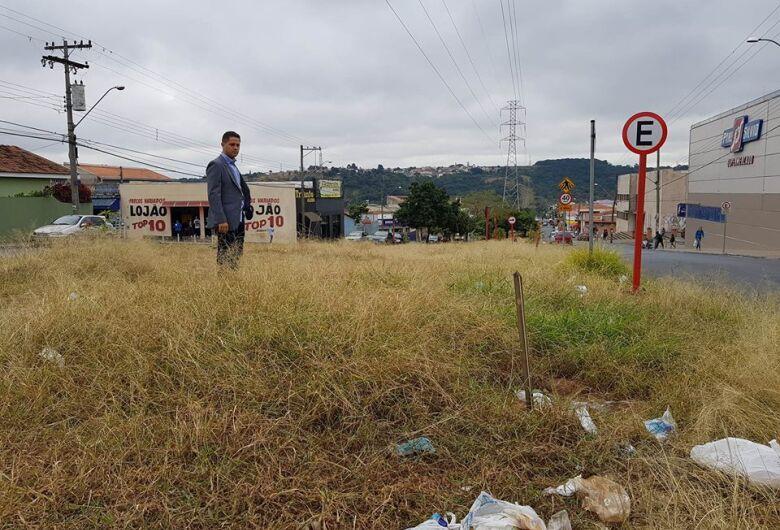 Paraná Filho solicita limpeza dos canteiros das avenidas Regit Arab e José Antonio Migliato