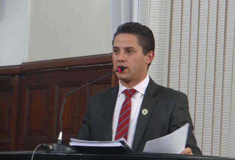 Paraná Filho solicita audiência pública para debater alterações no Plano de Carreira dos servidores