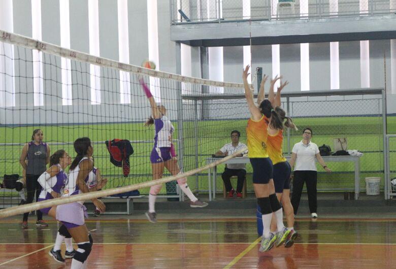 Voleibol Clube vence Garra/Seniram em jogo bem disputado
