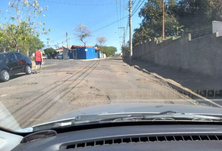 Rua no Hikare está intransitável, admite morador