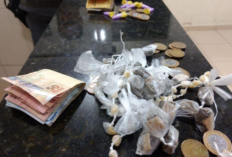 Dupla é detida com entorpecentes no Cidade Aracy
