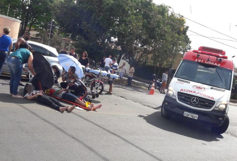 Colisão em cruzamento deixa dois motociclistas feridos