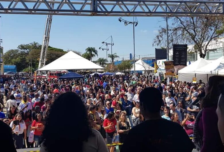 Quebrando o Silêncio reúne milhares de pessoas no Centro de São Carlos