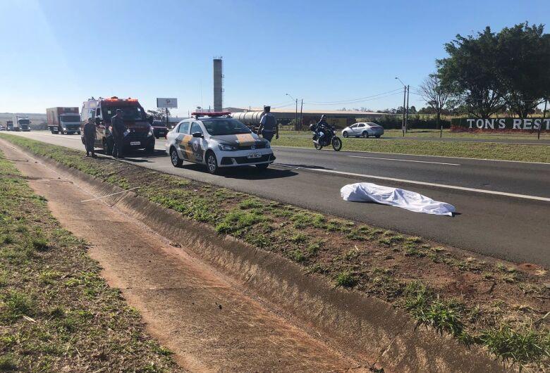 Homem morre atropelado na rodovia Washington Luis