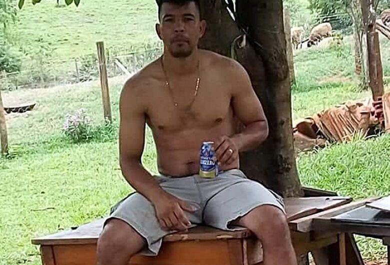 Comerciário que morreu após despencar de viaduto retornava de Américo Brasiliense
