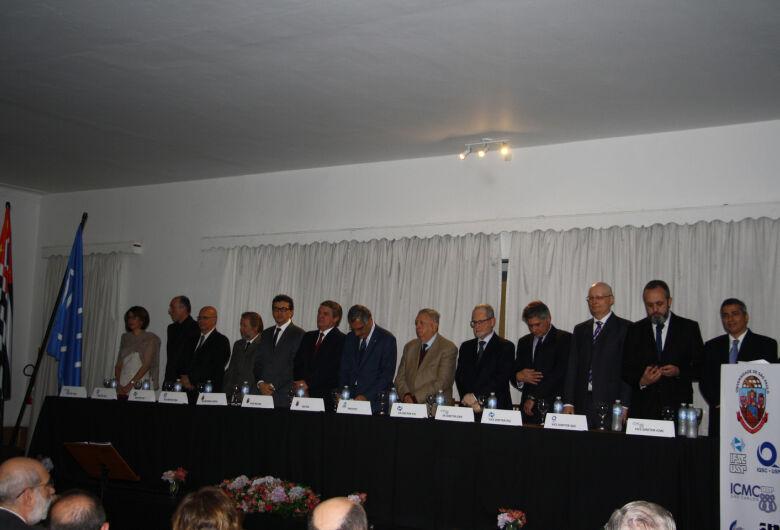 Novos dirigentes dos Institutos da USP São Carlos tomam posse